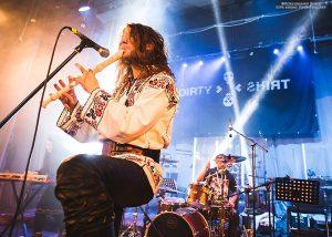 """E-an-na a pornit alături de Dirty Shirt și Ansamblul Folcloric Național Transilvania în turneul """"FolkCore De Tour"""""""