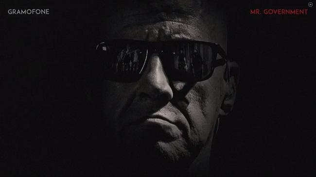 """Faceți cunoștință cu """"Mr. Government"""", personajul principal din noul videoclip Gramofone"""