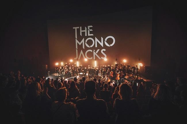Trupa The Mono Jacks a încheiat, marți, la București, seria de concerte ALTOrchestra 100, în care formații rock românești au concertat alături de orchestre simfonice