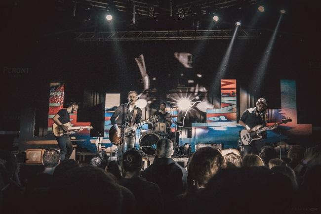 """Trupa The Mono Jacks lansează """"Infinit"""" – un nou single însoțit de videoclip"""