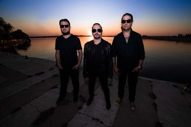 """Grupul rock Loud Inc. debutează pe TV cu o piesă în germană – """"Allein unter Allen"""""""