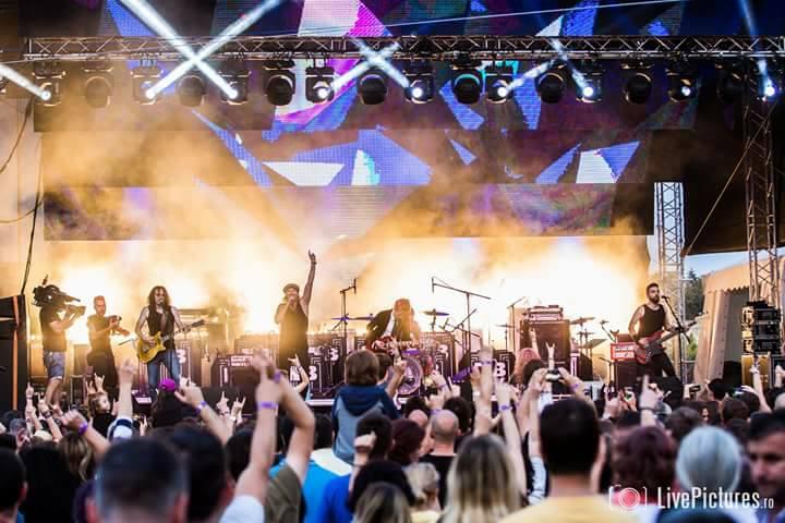 Tribut AC/DC cu The ROCK, live, în Capcana
