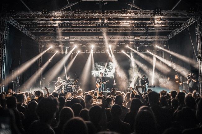 """byron și Rockabella – invitați speciali ai concertului de lansare The Mono Jacks – """"Gloria"""" – de pe 8 februarie!"""