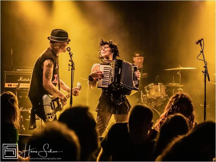 Concert Irish Punk cu The Mahones, LIVE, în Capcana